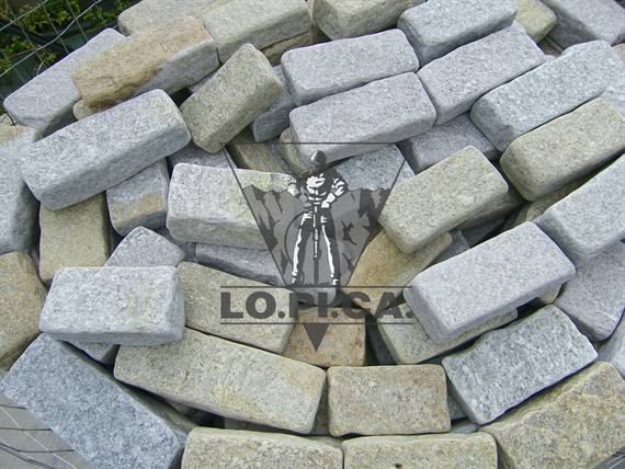 Wall blocks Luserna stone tumbled